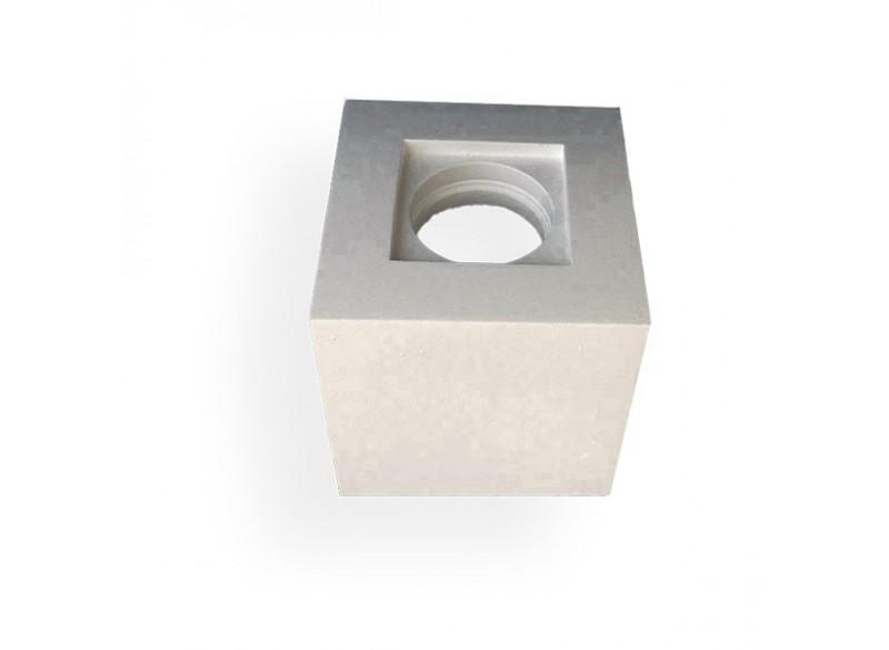 plafoniera in gesso da soffitto modello fantasia a cubo